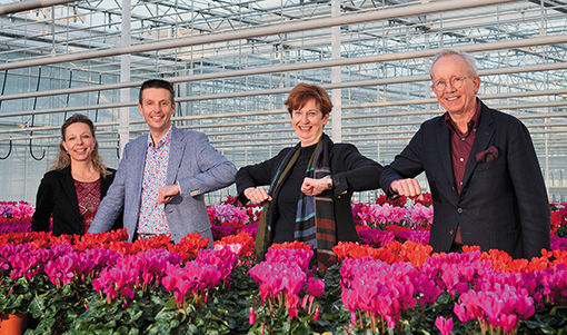 Beekenkamp Plants has taken a minority share in Schoneveld Breeding